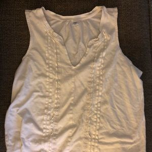 Old Navy Pintucked Split Neck Tank Top, Medium